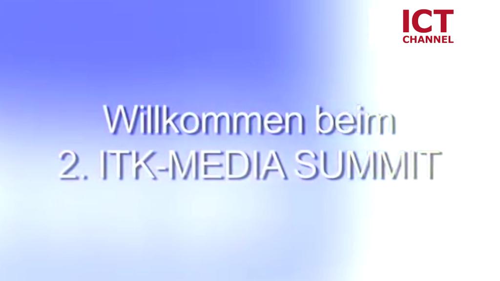 Summit mit Sonne und Spaß
